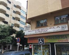 AUTOESCUELA CADIZ